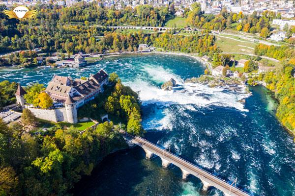 سوئیس - ثروتمندترین کشورهای جهان